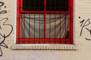 FP_window1_graffiti2_grille2_chinatown
